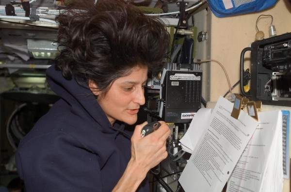 Flight Engineer Sunita Williams Talks with Students from the Zvezda Service Module
